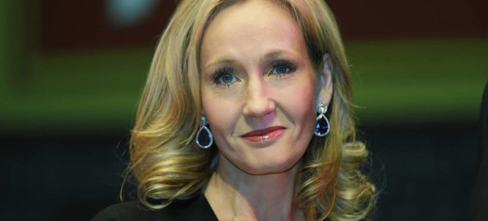 JK Rowling donates £1m to help homeless and domestic abuse victims